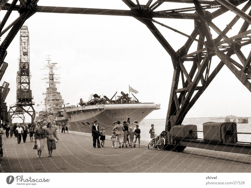 Aircraft carrier Bulwark Watercraft Crane Visitor Tourist Airplane Bow Europe Harbour Sightseeing