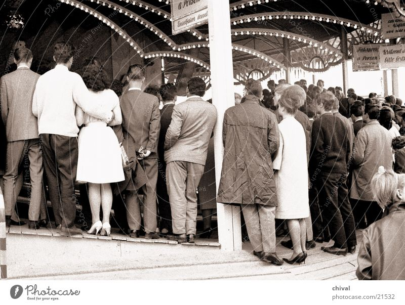 spectators Human being Carousel Audience Fairs & Carnivals Group Wait Back