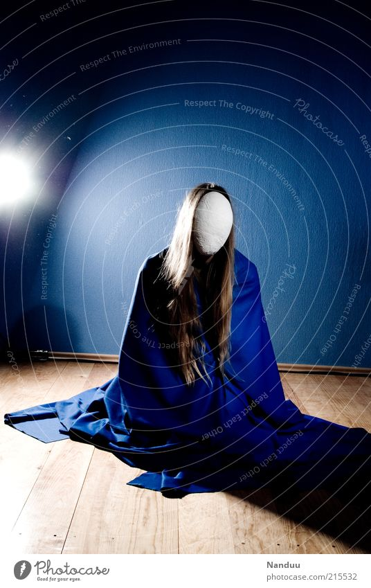 iconography Human being Feminine 1 Sit Faceless Anonymous Packaged Envelop Calm Blonde Long-haired Parquet floor Blue Surrealism Virgin Mary Statue Colour photo