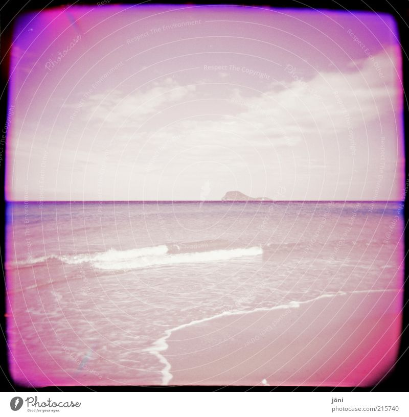 Water Sky Summer Beach Clouds Loneliness Far-off places Coast Waves Pink Wet Free Horizon Fresh Island Romance