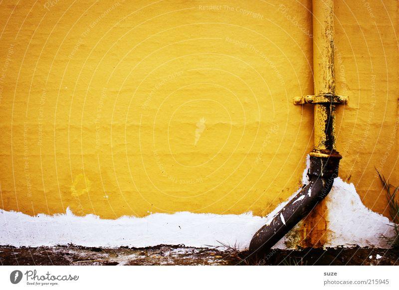 harbour yellow Living or residing House (Residential Structure) Building Wall (barrier) Wall (building) Facade Eaves Sign Line Authentic Yellow Effluent