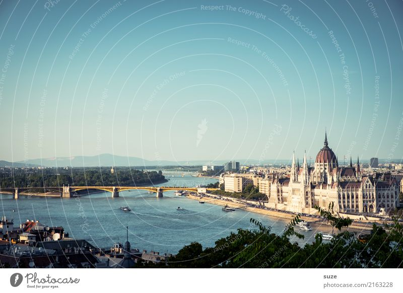 The Danube Vacation & Travel Tourism Sightseeing City trip Culture River Town Capital city Outskirts Bridge Manmade structures Architecture Tourist Attraction