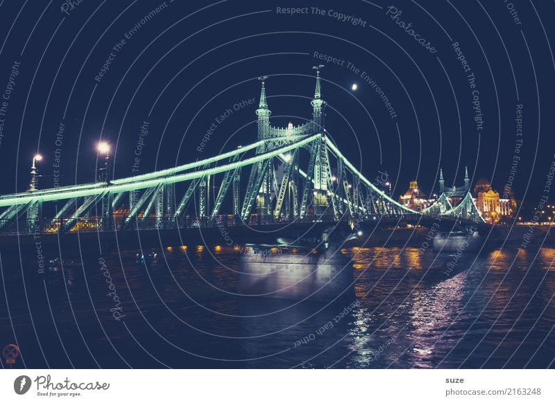 Freedom bridge at night Vacation & Travel Tourism Sightseeing City trip Culture Sky River Town Capital city Outskirts Old town Bridge Manmade structures