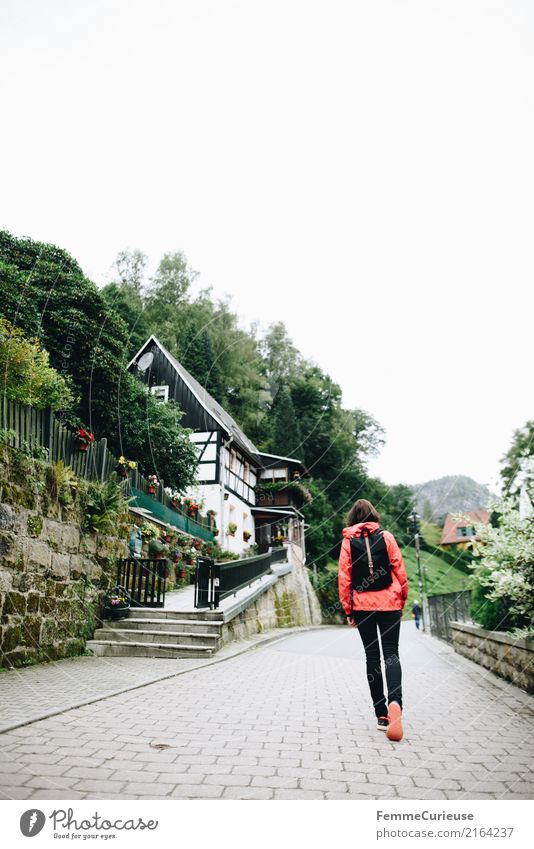 Hiking (15) Feminine Young woman Youth (Young adults) Woman Adults Human being 18 - 30 years 30 - 45 years Nature Saxon Switzerland Backpack Rain jacket