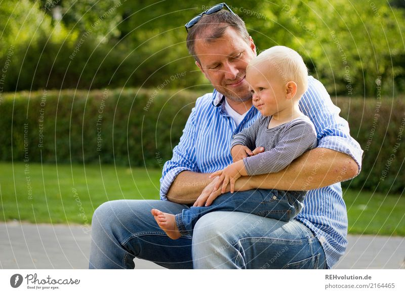 Father and son Trip Child Toddler Boy (child) Adults Family & Relations Infancy 2 Human being 1 - 3 years 30 - 45 years Environment Nature Park Smiling Sit