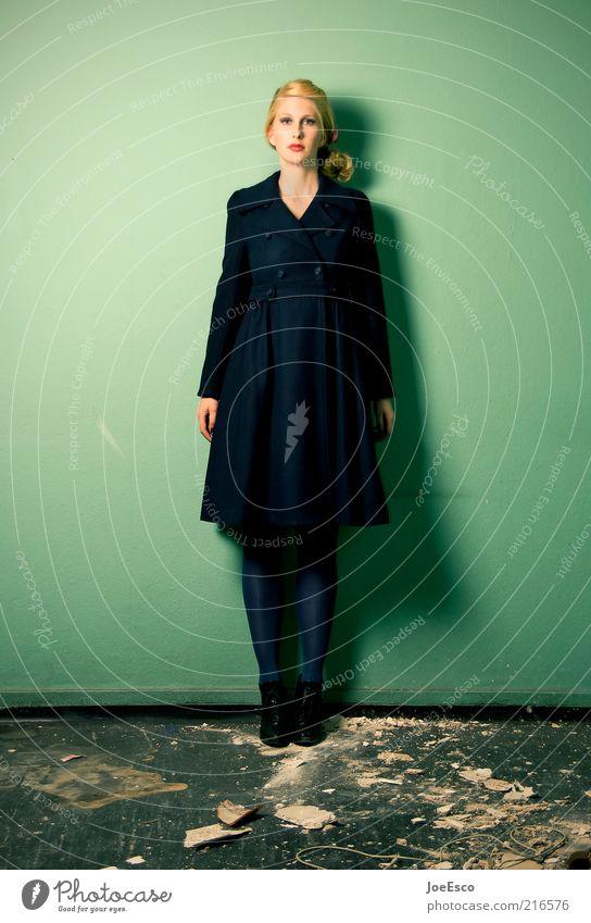 green and blue 03 Elegant Style Woman Adults Life Fashion Coat Blonde Long-haired Wait Hip & trendy Uniqueness Broken Retro Beautiful Green Virtuous