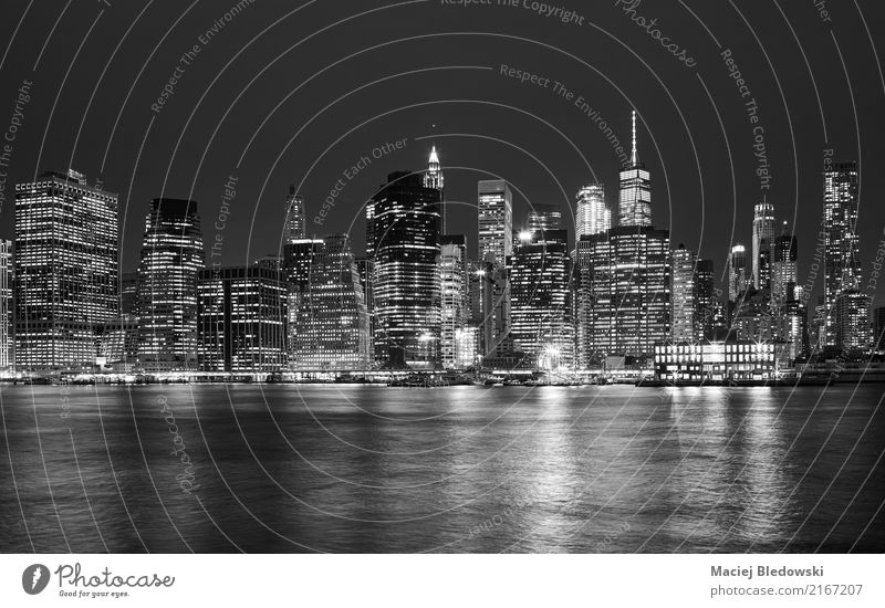 Black and white picture of Manhattan skyline at night. Vacation & Travel Sightseeing City trip Flat (apartment) Small Town Downtown Skyline High-rise