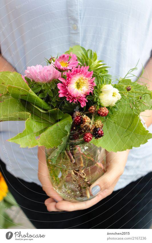 Summer flowers in glass Summerflower Berries Flower Bouquet Vine leaf Green To hold on Pink White Red Black Hand Water Vase Glass Multicoloured Fingers