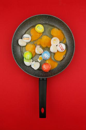 #A# Can't you put them all in the pan... # Art Kitsch Elections Select Election campaign Parties Christian Democratic Union SPD Free Democratic Party