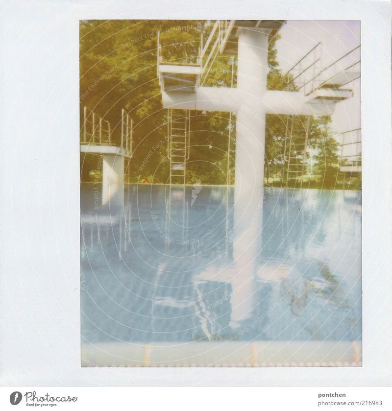 Water White Blue Summer Sports Leisure and hobbies Swimming pool Crucifix Polaroid Mirror image Aquatics Partially visible Section of image Springboard Height