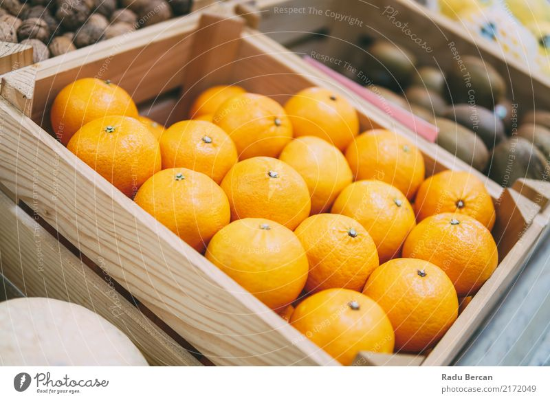 Oranges For Sale In Fruit Market Food Nutrition Eating Organic produce Vegetarian diet Diet Marketplace Box Container To feed Feeding Fresh Healthy Natural