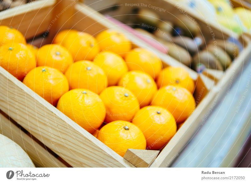 Oranges For Sale In Fruit Market Food Nutrition Eating Organic produce Vegetarian diet Diet Shopping Marketplace Box Container To feed Feeding Fresh Healthy