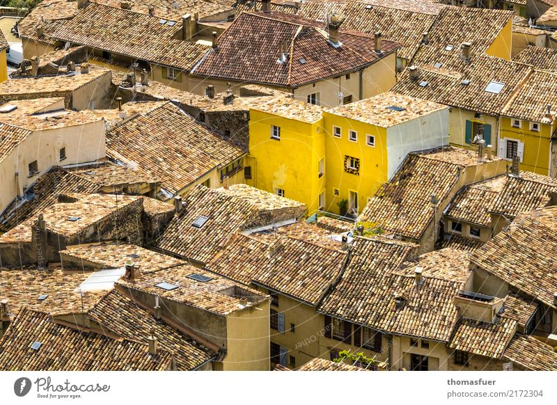 roofs, yellow house Summer Sun House (Residential Structure) Village Small Town Old town Marketplace Architecture Wall (barrier) Wall (building) Roof Esthetic