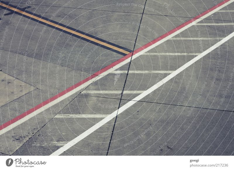 absorption Places Airport Airfield Concrete Line Yellow Gray Red Black White Concrete slab Colour photo Exterior shot Deserted Day Bird's-eye view Lane markings