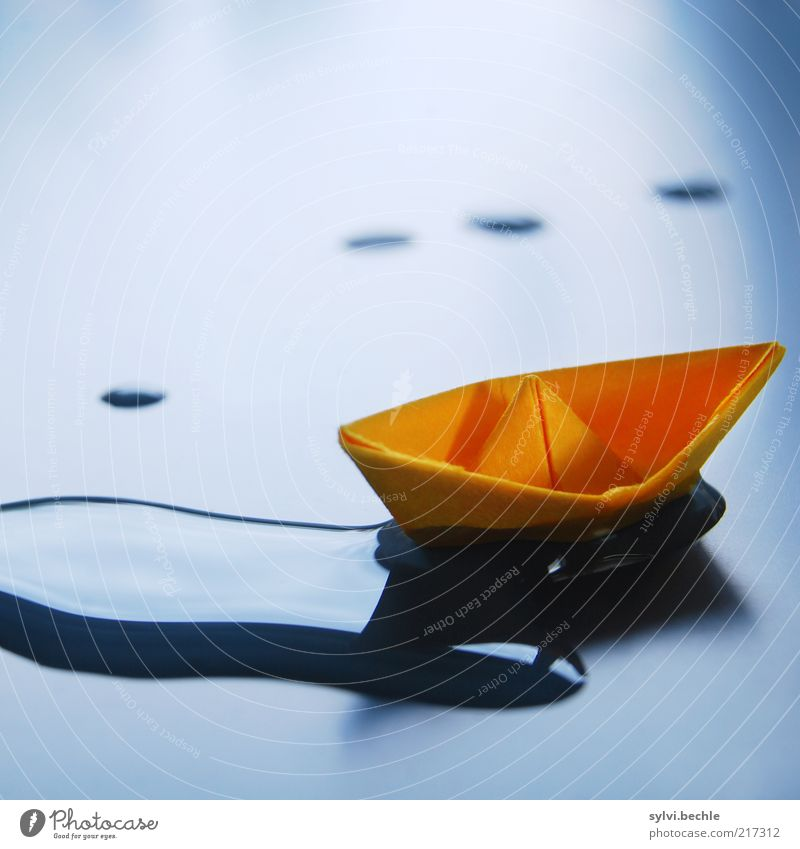 Blue Calm Relaxation Watercraft Orange Wet Paper Multicoloured Handicraft Detail Float in the water Light Toys Surface of water Boating trip Paper boat