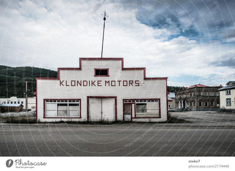 Dawson City Alaska Small Town Deserted Manmade structures Workshop Facade SME Nostalgia Decline Past Transience Insolvency Uninhabited Auto repair shop Fiasco
