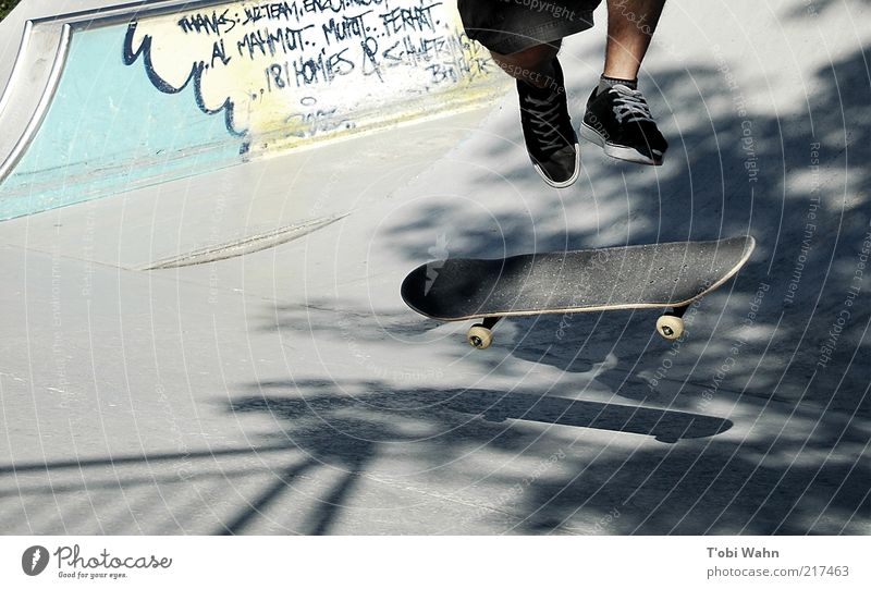 pop it up Masculine Legs 1 Human being Youth culture Beautiful weather Graffiti Movement Rotate Sports Jump Cool (slang) Tall Athletic Skateboard Skateboarding