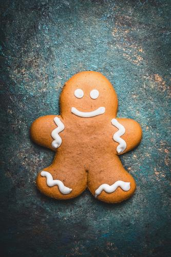 gingerbread man Dough Baked goods Candy Nutrition Style Design Winter Decoration Feasts & Celebrations Christmas & Advent Grinning Gingerbread man Cookie