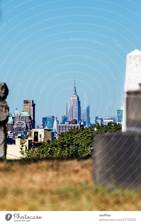 NYC10 New York City Skyline USA High-rise Town Manhattan Brooklyn Empire State building Cemetery