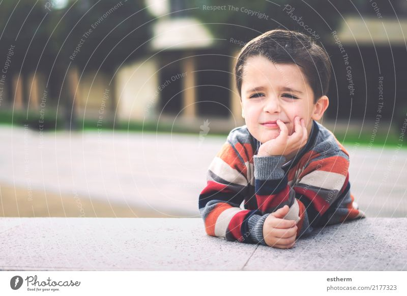 happy child Lifestyle Joy Human being Masculine Child Toddler Infancy 1 3 - 8 years Fitness Smiling Sit Happy Cuddly Funny Curiosity Positive Emotions Happiness