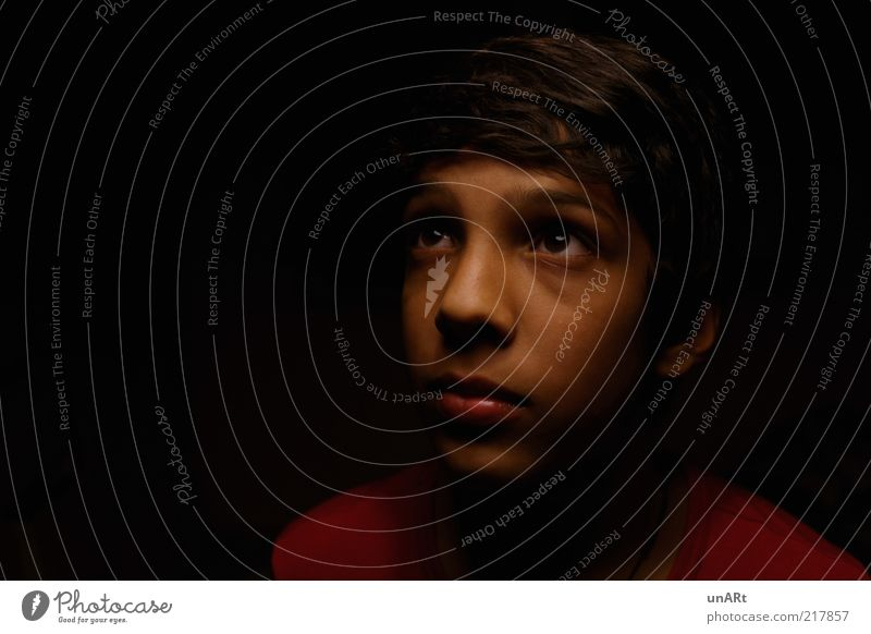 expectation Human being Masculine Child Boy (child) Head Face 1 13 - 18 years Youth (Young adults) Observe Listening Looking Dream Growth Wait Far-off places