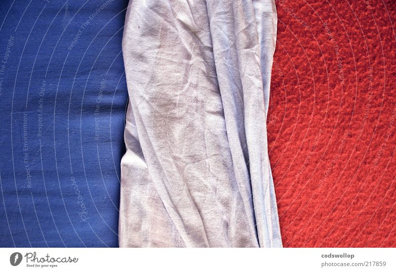 i predict a riot Bed Blue Red White Bedclothes Cloth Patriotism Colour photo Interior shot Abstract Structures and shapes Day Tricolor Graphic