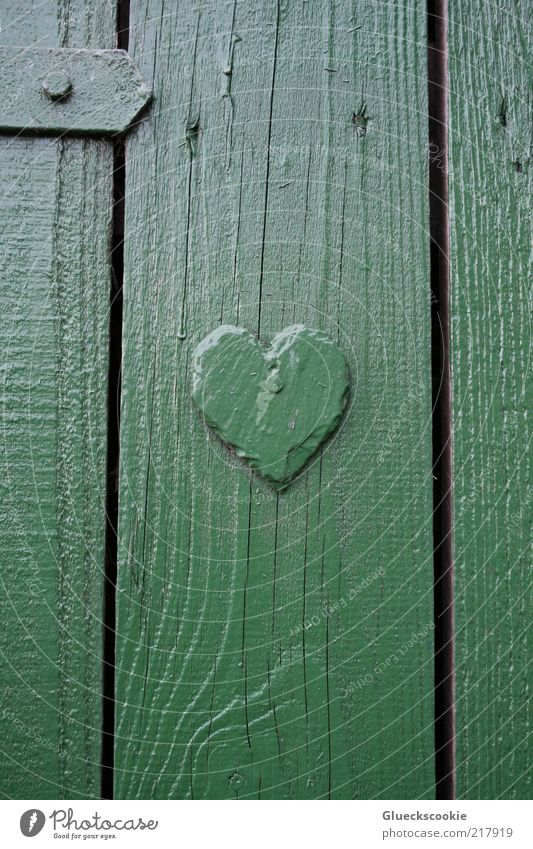 Green Calm House (Residential Structure) Wood Door Heart Simple Middle Manmade structures Friendliness Hut Wooden board Vertical Seam Sharp-edged Valentine's Day