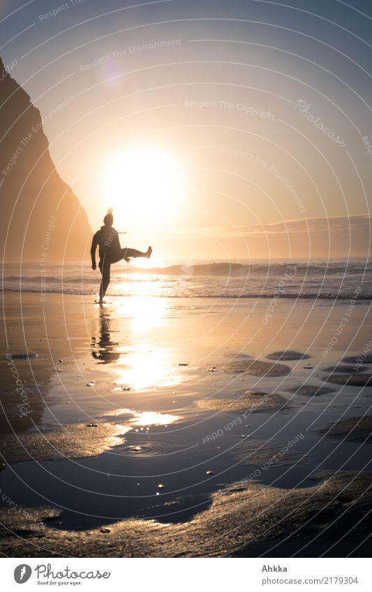 Young woman walks on the beach before sunset Athletic Fitness Life Harmonious Well-being Senses Meditation Vacation & Travel Adventure Far-off places Freedom