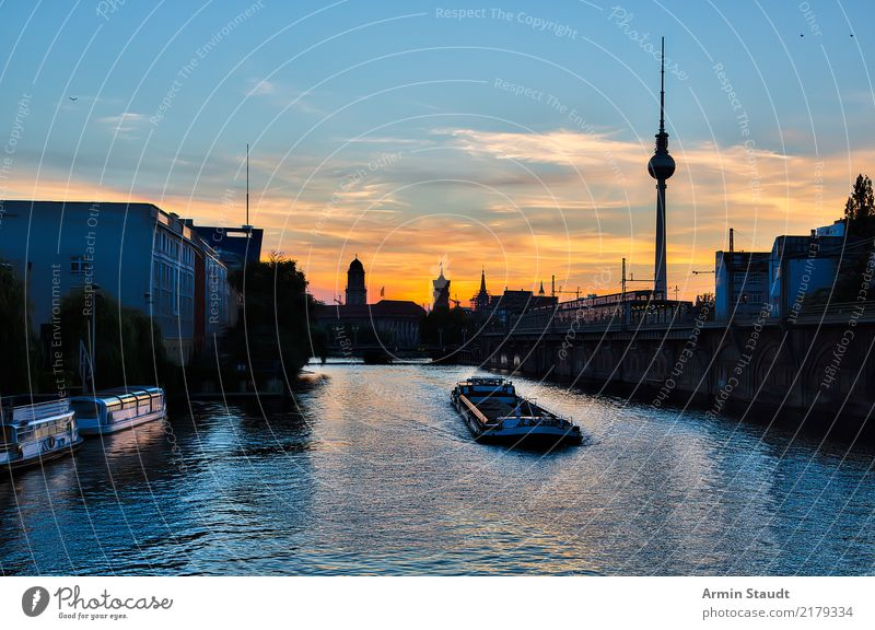 View from the Michaelis Bridge, Berlin Lifestyle Leisure and hobbies Vacation & Travel Tourism Trip Far-off places Sightseeing City trip Cruise Summer vacation