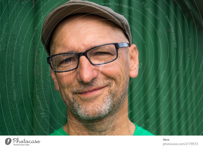 happy optimistic man Masculine Man Adults Life 1 Human being 45 - 60 years T-shirt Eyeglasses cap Bald or shaved head Happiness luck Positive green Joy