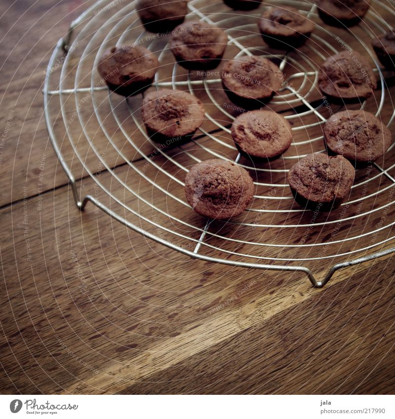 petit four chocolate Food Dough Baked goods Cake Dessert Candy Nutrition To have a coffee Finger food Table Wood Delicious Brown Chocolate Small Colour photo