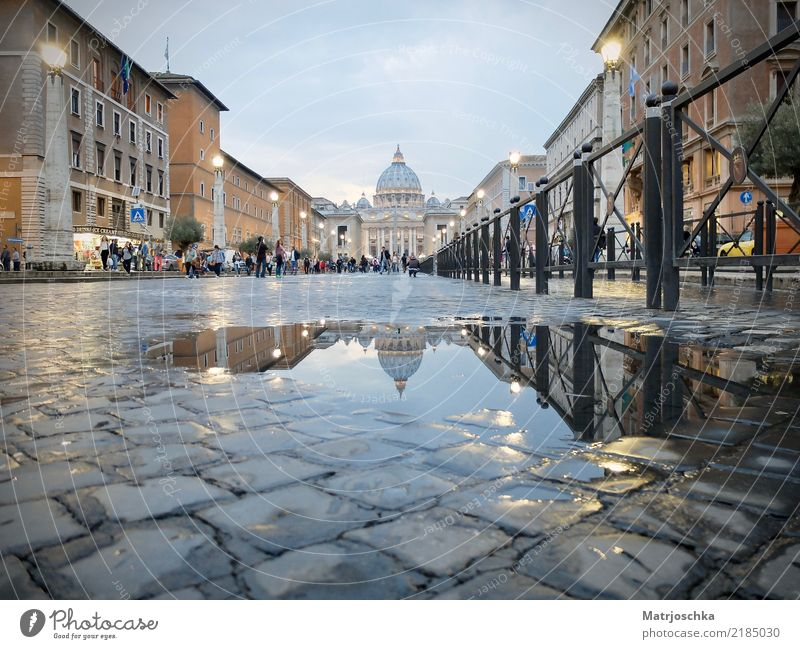 Peter's Cathedral Rome Italy Europe Pedestrian precinct Dome Architecture Tourist Attraction St. Peter's Cathedral Stone Discover Illuminate Vacation & Travel