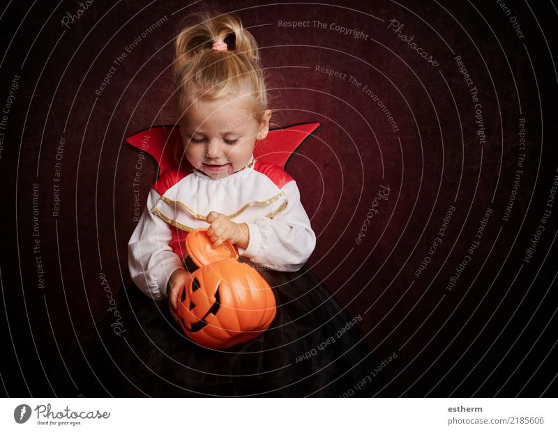 baby in halloween costume Lifestyle Entertainment Party Event Feasts & Celebrations Carnival Hallowe'en Human being Feminine Baby Girl Infancy 1 0 - 12 months