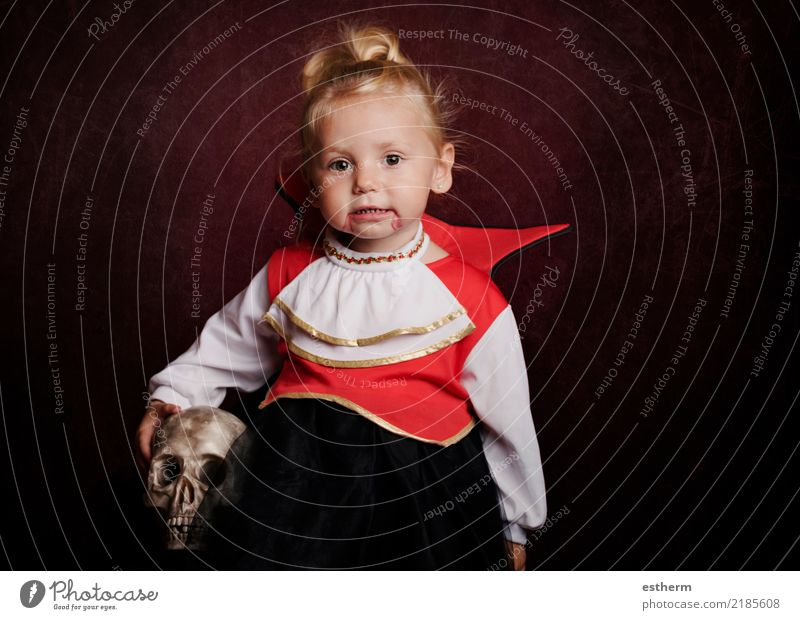 baby in halloween costume Lifestyle Entertainment Party Event Feasts & Celebrations Hallowe'en Feminine Baby Girl Infancy 1 Human being 0 - 12 months Movement