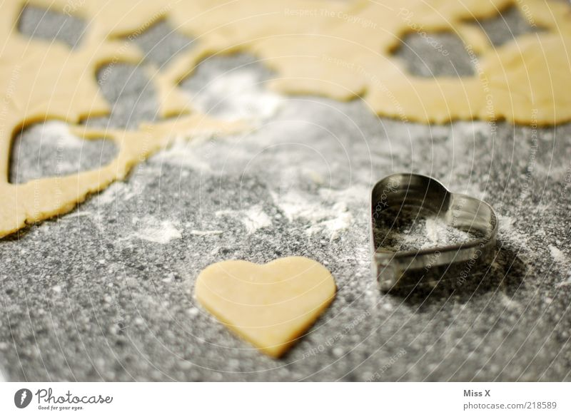 A heart Food Dough Baked goods Nutrition Delicious Sweet Soft Cookie Heart-shaped Pierce Colour photo Interior shot Deserted Shallow depth of field