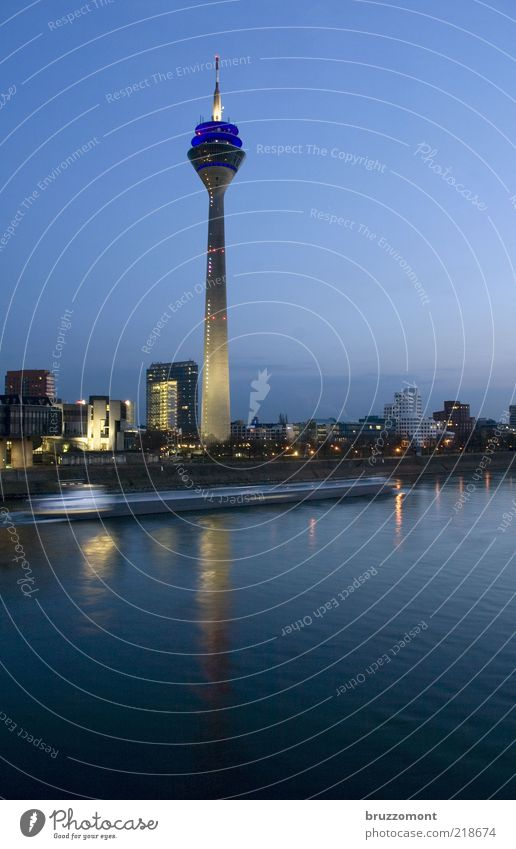 Water City Blue Movement Architecture High-rise Transport Speed Modern Skyline Manmade structures Traffic infrastructure Navigation River bank Duesseldorf River