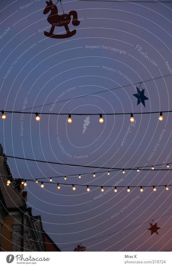 Christmas & Advent Lighting Feasts & Celebrations Star (Symbol) Decoration Night sky Illuminate Event Electric bulb Evening Christmas decoration Christmas Fair Fairy lights Night shot Suspended