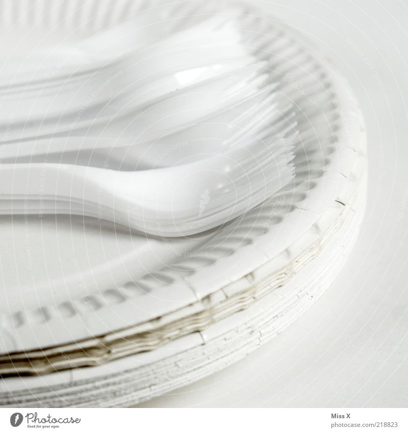 White Paper Simple Crockery Plastic Plate Stack Cutlery Fork Cheap