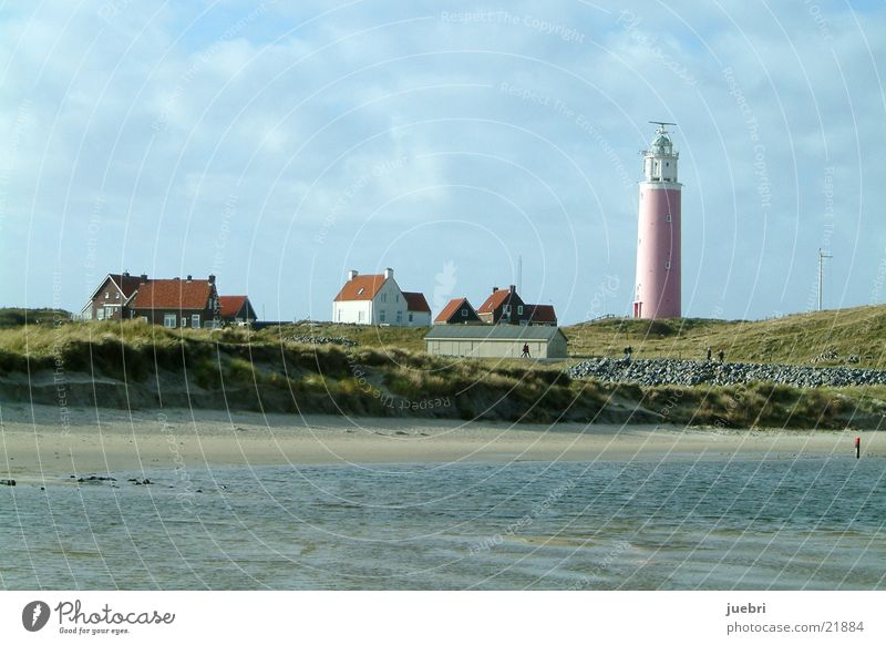lighthouse Lighthouse Beach House (Residential Structure) Water Beach dune North Sea