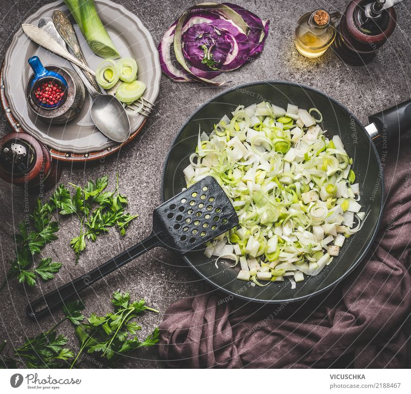 Leek dishes Cooking Food Vegetable Soup Stew Herbs and spices Cooking oil Nutrition Lunch Organic produce Vegetarian diet Diet Crockery Plate Bowl Pan Spoon