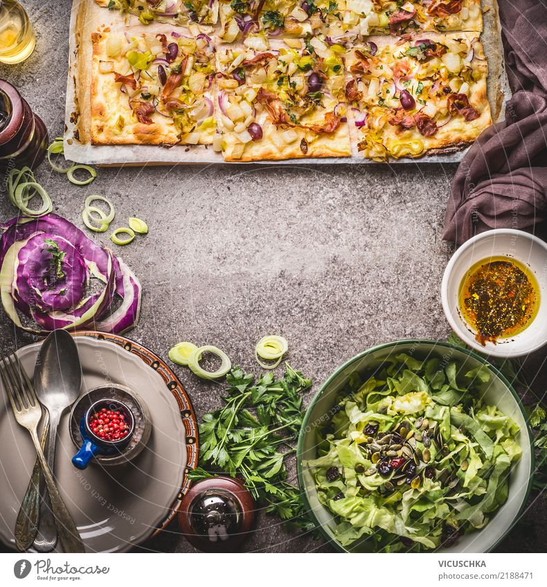 Flammkuchen with vegetables and green salad Food Vegetable Lettuce Salad Dough Baked goods Herbs and spices Nutrition Lunch Dinner Organic produce