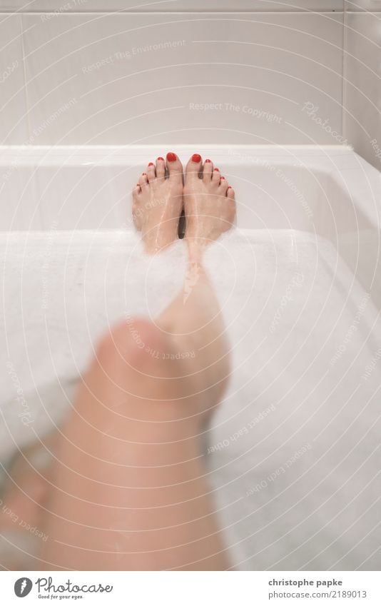 Human being Eroticism Relaxation Calm Adults Legs Feminine Feet Swimming & Bathing Flat (apartment) Contentment Living or residing Bathtub Wellness Well-being