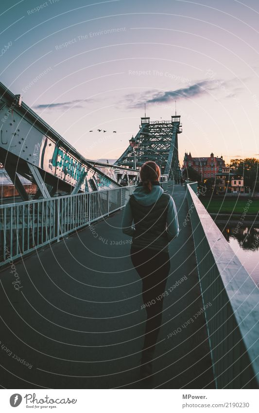 over the brigde Human being Feminine Young woman 1 18 - 30 years Youth (Young adults) Adults Town Capital city Bridge Observe Dusk Going To go for a walk