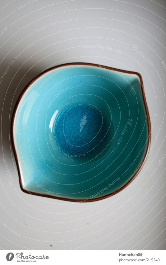 Blue Calm Design Perspective Circle Esthetic Decoration Turquoise Bowl Vessel Point Rectangle Containers and vessels Center point Bordered