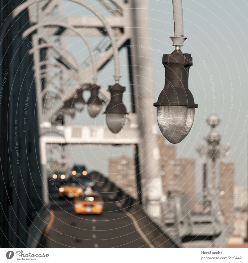 Yellow Street Gray Car Lamp Brown Perspective Bridge Lantern Street lighting Row Motoring Passenger traffic Floodlight New York City Traffic lane