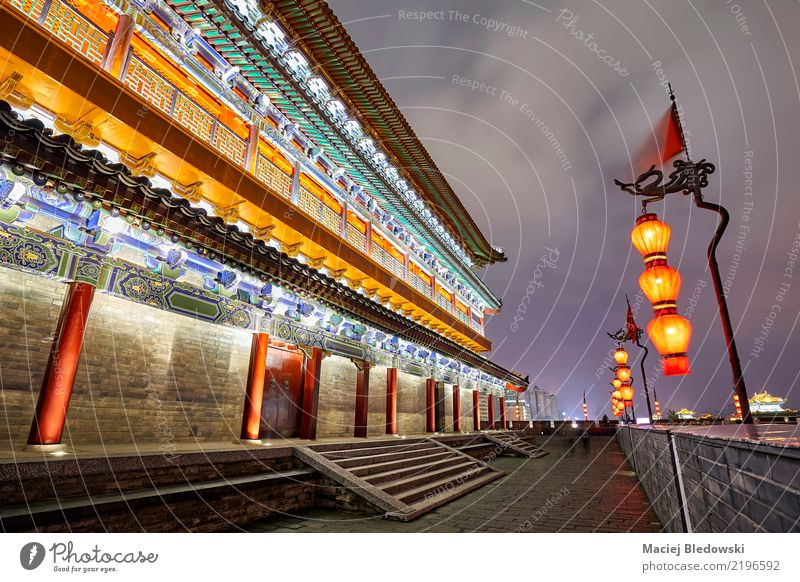 f Xian City Wall at night. Vacation & Travel Sightseeing City trip Downtown Ruin Building Architecture Wall (barrier) Wall (building) Tourist Attraction