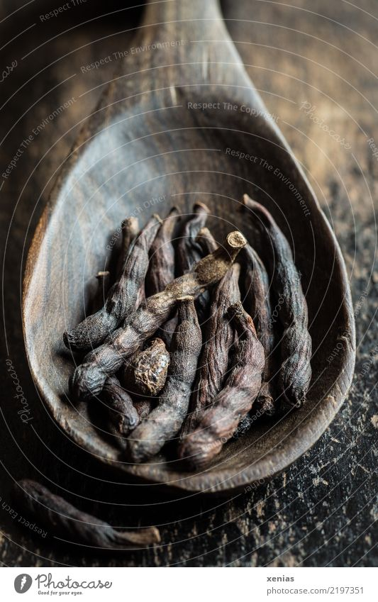 hot pods Herbs and spices black pepper Pepper Selimpfeffer Senegal pepper Nutrition Organic produce Spoon Wooden spoon Africa Fragrance Brown Tangy Bitter