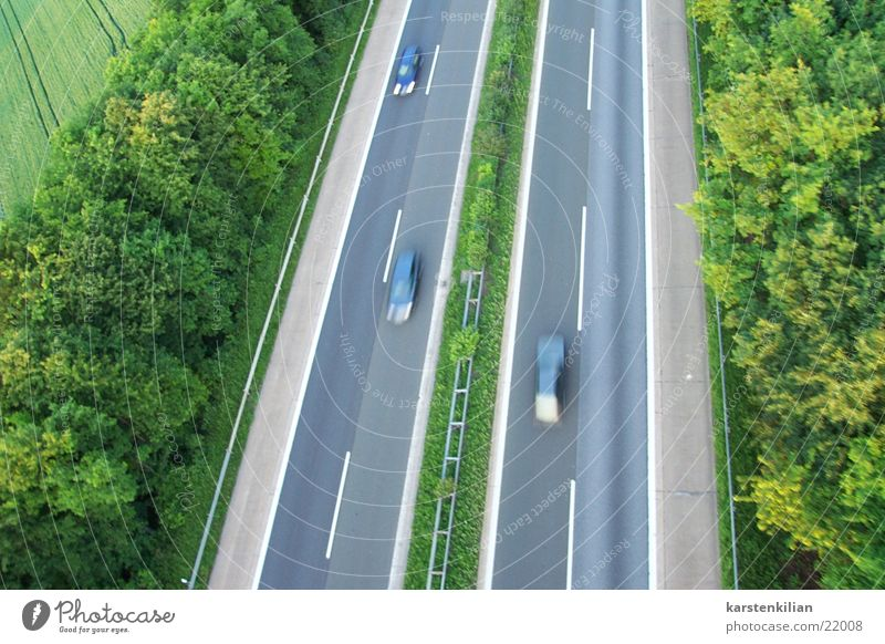 Highway and speed Speed Driving Asphalt Median strip Overtake Acceleration Transport Car Lawn interstate Alcohol-fueled top speed Highway ramp (exit)