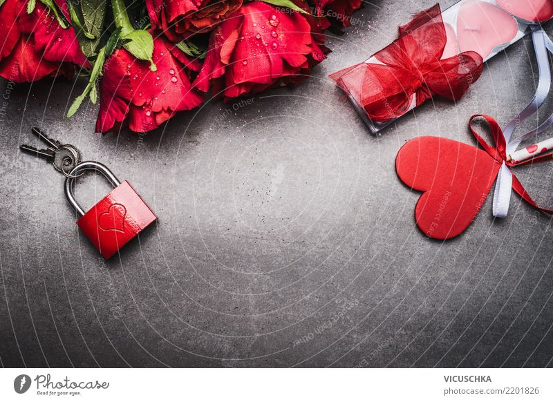 Roses, heart and red lock with key Style Design Event Feasts & Celebrations Valentine's Day Flower Decoration Bouquet Love Retro Background picture