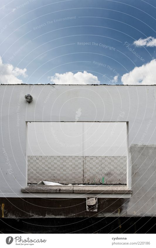 Sky Calm House (Residential Structure) Wall (building) Window Wall (barrier) Environment Open Construction site Uniqueness Derelict Decline Creativity Shabby Whimsical Idea